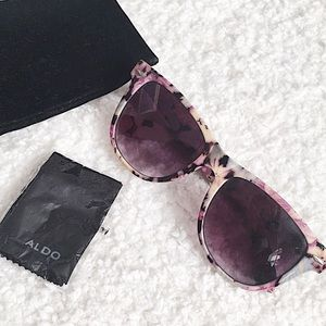 Also Sunglasses with Floral Print